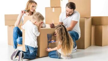 Local Naples mover with 5 dirt-cheap home staging ideas